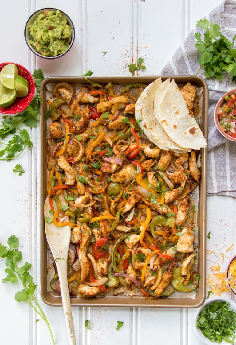 Fajitas de pollo con cinco ingredientes - Camille Styles